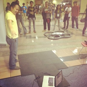 Playing AR.Drone with Kinect